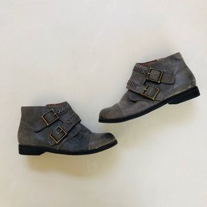 Lucky Brand Gray Leather & Suede Booties 6.5